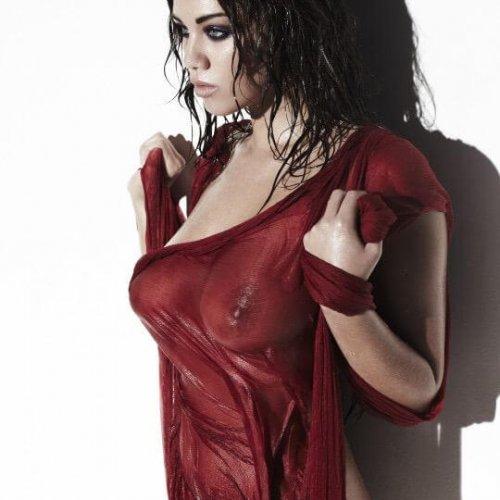 Miss red wet