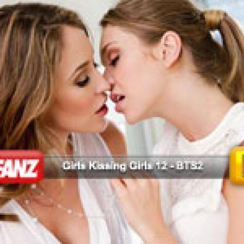 Girls Kissing Girls 12 BTS