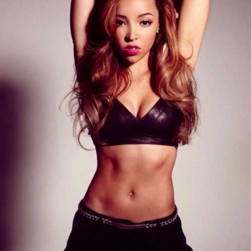 Tinashe is The R&B Singer Who Needs To Be At The Top of Your Sexy Playlist