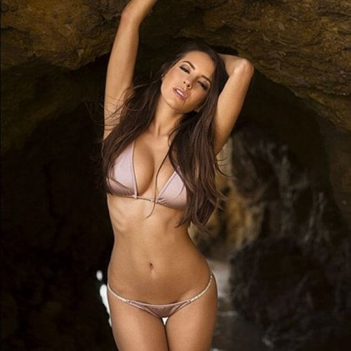 Shelby Chesnes Sexy play mate