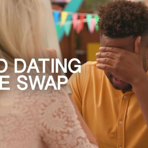Seeing Nudes On A First Date   Phone Swap Dating
