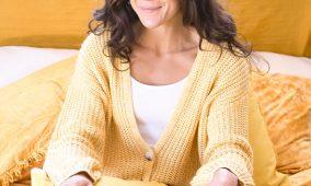 Lora Dicarlo Sway dual vibration warming massager
